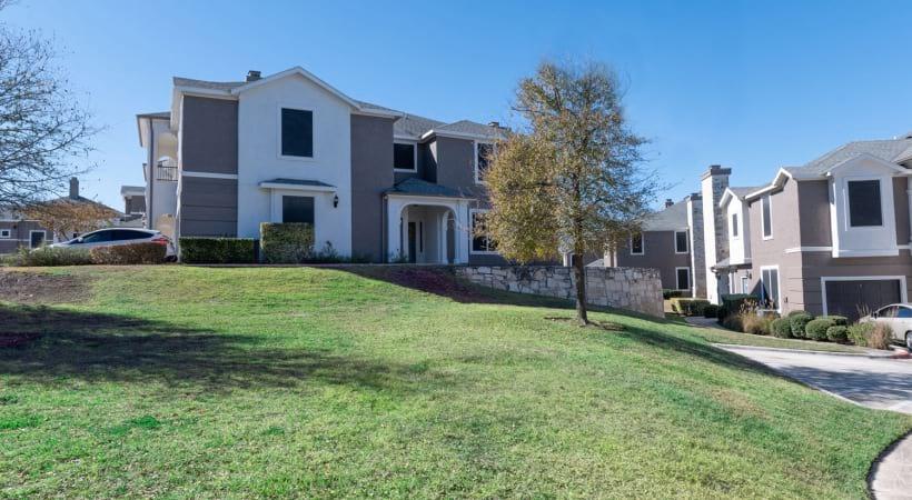 Cortland Estates at TPC apartments near San Antonio
