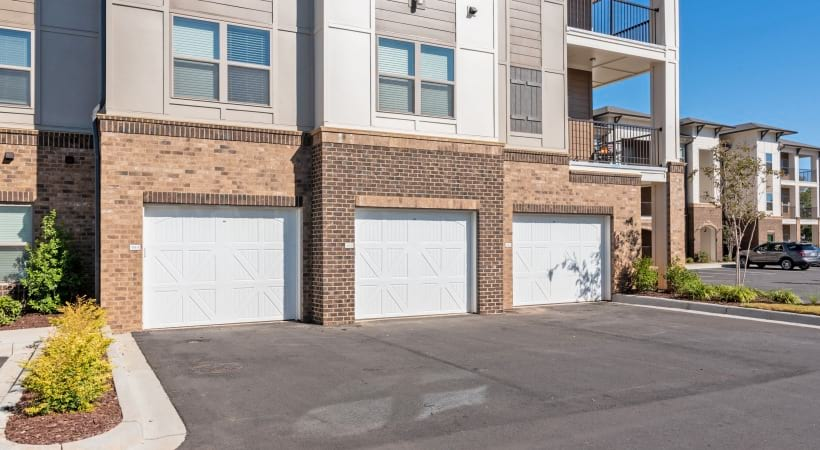 Apartments with private, attached garages at Cortland Huntersville