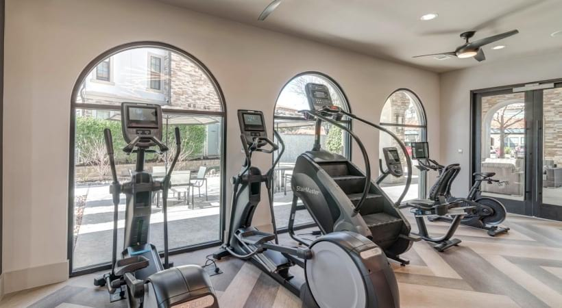 Our Irving apartment gym with updated equipments