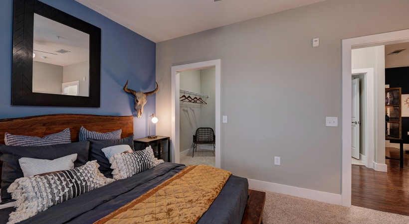 One-bedroom at apartments in Clear Lake, TX