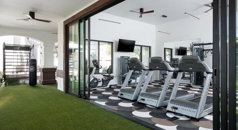 Cortland Mountain Vista luxury apartment gym