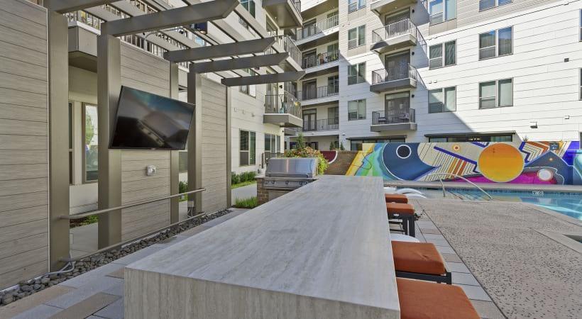 Cortland NoDa apartment outdoor kitchen