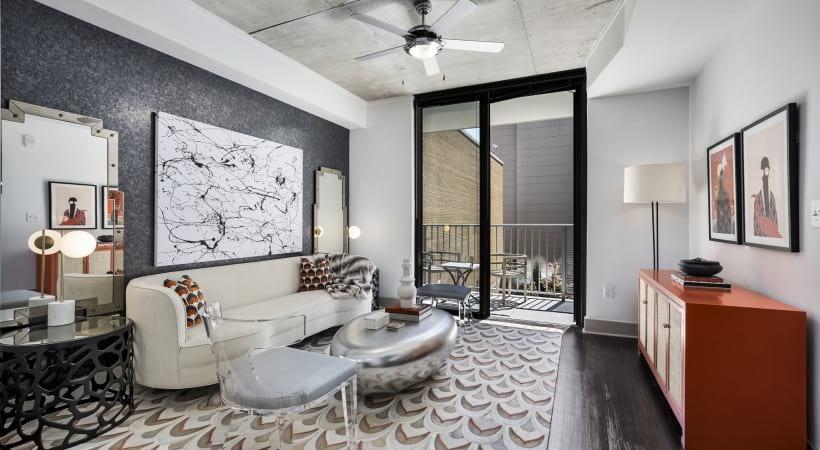 Cortland Vesta High-Rise Apartment Home