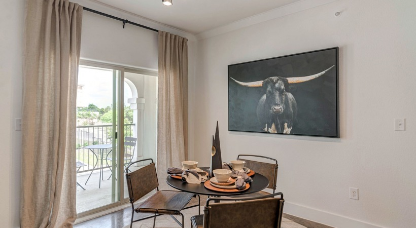 Dining area at apartments for rent in San Antonio, TX