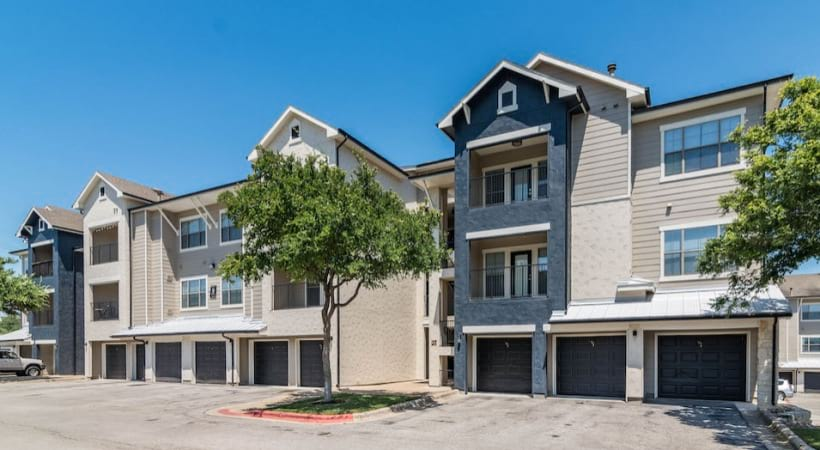 Our Bluff Springs apartments with garage