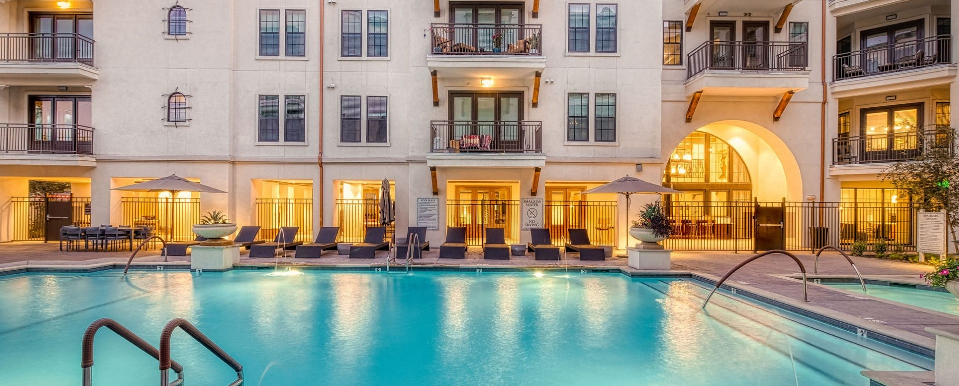 Our Biltmore apartment pool with spa