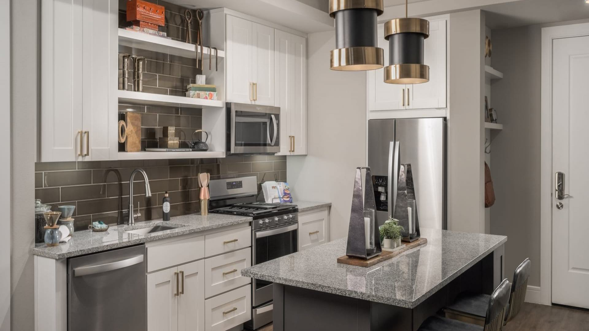 Luxury kitchen at Scottsdale apartments for rent