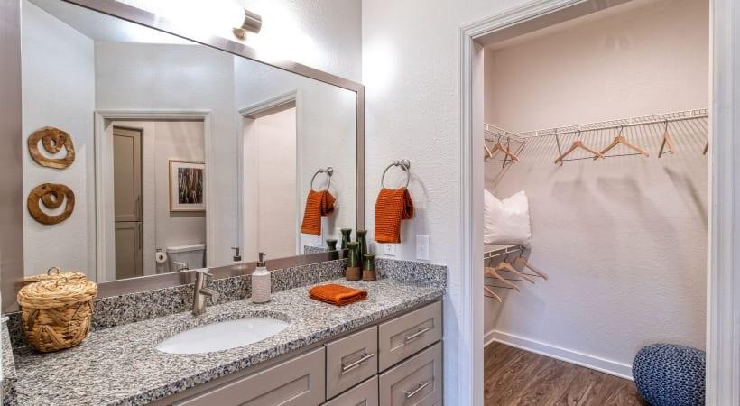 Deep-Soaking Bathtubs with Tile Surround