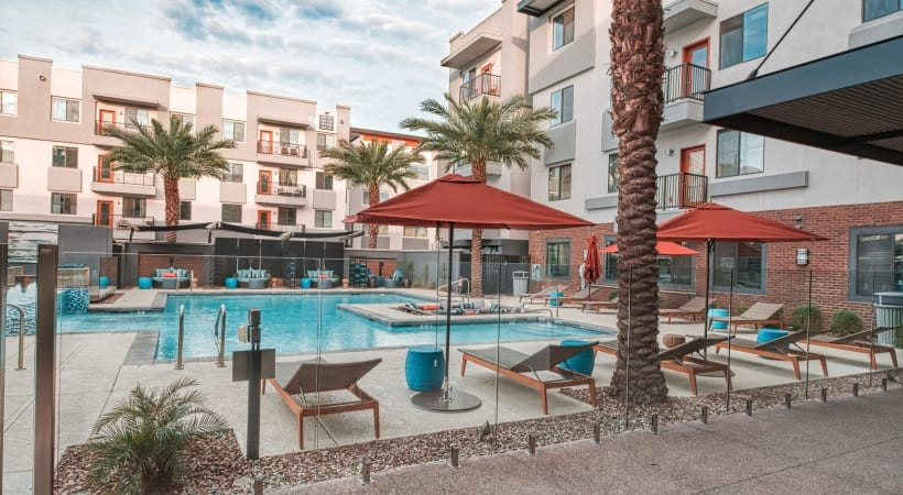 Outdoor lounge at our modern apartments for rent in Phoenix, AZ