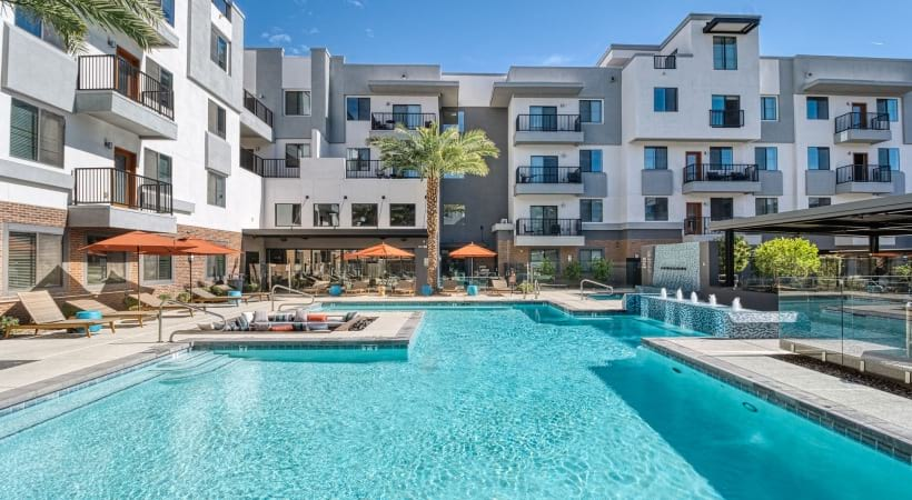 Resort-style pool at our modern apartments in Downtown Phoenix