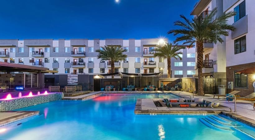 Our Downtown Phoenix apartment pool with sun deck