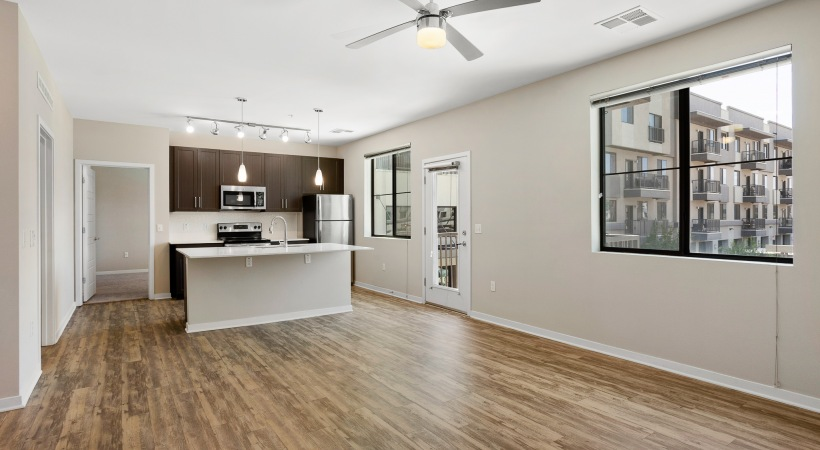 Spacious apartments in Downtown Phoenix