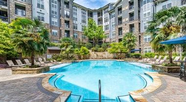 Resort Style Pool | Oleander West