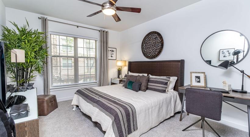 Bedroom with Fan | Oleander
