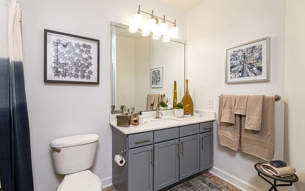 Bathroom   Oleander West