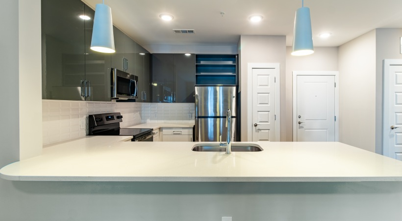 Luxury Apartments with Kitchen Breakfast Bar