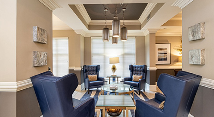 Resident Lounge Seating | Oleander West