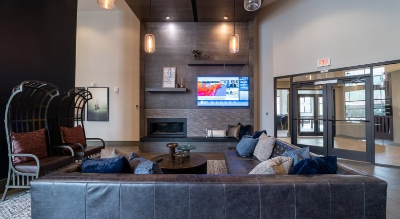 The Battery Atlanta apartments with rooftop bar and lounge