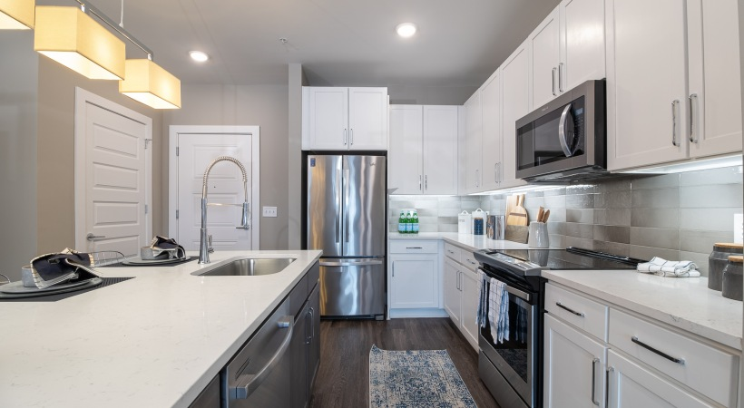 Luxury apartment kitchen at our Smyrna apartments
