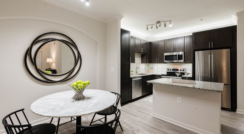 Kitchen and dining area at Willowbrook apartments