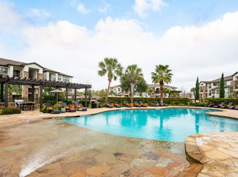 Apartments for Rent with a Pool in Houston, Texas