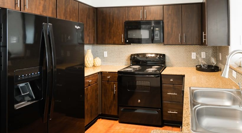 3 Bedroom Apartments near I-10 in Houston