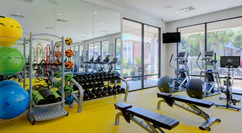 Texas Medical Center apartments with gym
