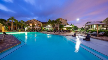 Sugar Land apartment complex with pool