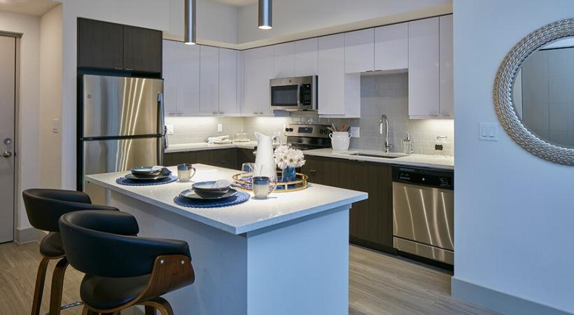 Stainless Steel Kitchen Appliances | Deerfield Station