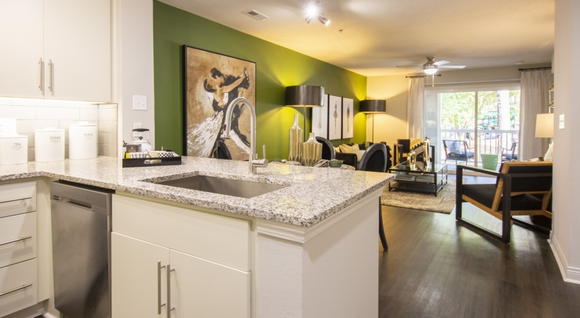Spacious 3 bedroom apartment at Cortland East Cobb
