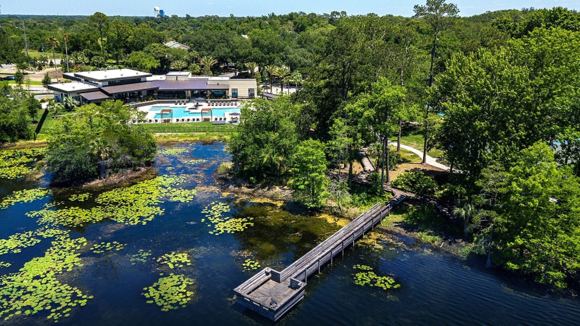 Lakeside apartment complexes in Apopka, FL