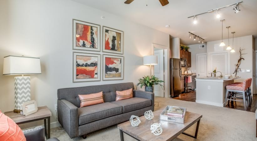 Spacious apartment living room at Cortland Brackenridge