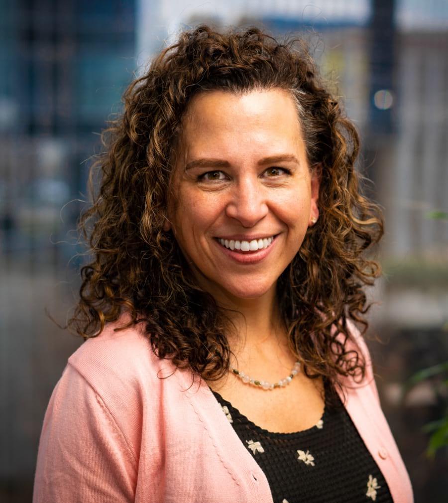 Natalie Sincevich Headshot