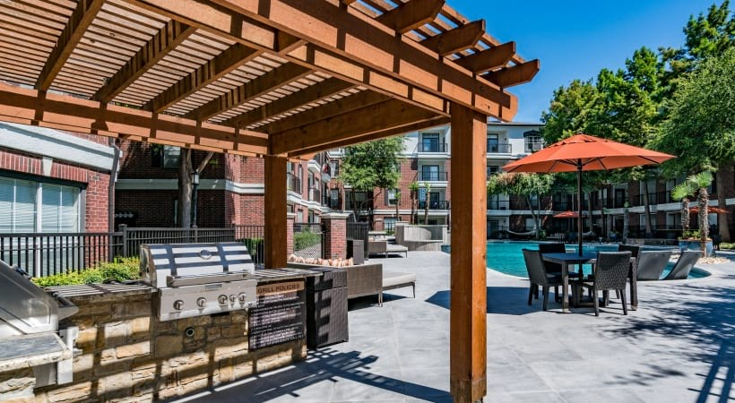 Upscale apartments with outdoor kitchen