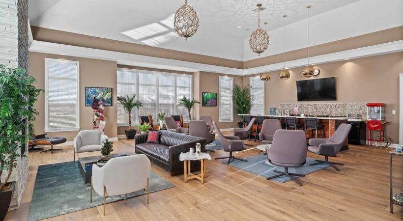 Resident Lounge at Northlake Summit