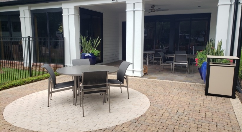 Outdoor Seating Area at The Boulevard at Deer Park