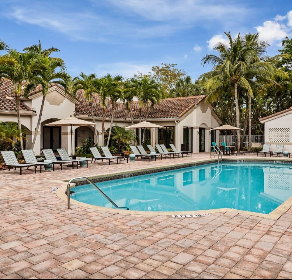 Town Center By Cortland: Pet-friendly Apartments In Boynton Beach, FL