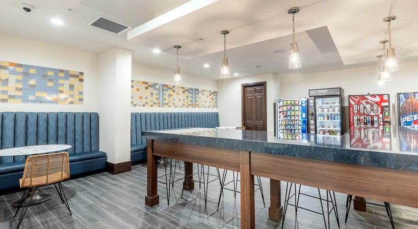 Resident market at West Palm apartments for rent