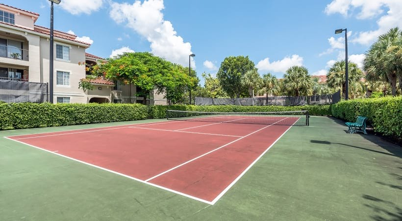 West Palm Beach apartments with tennis courts