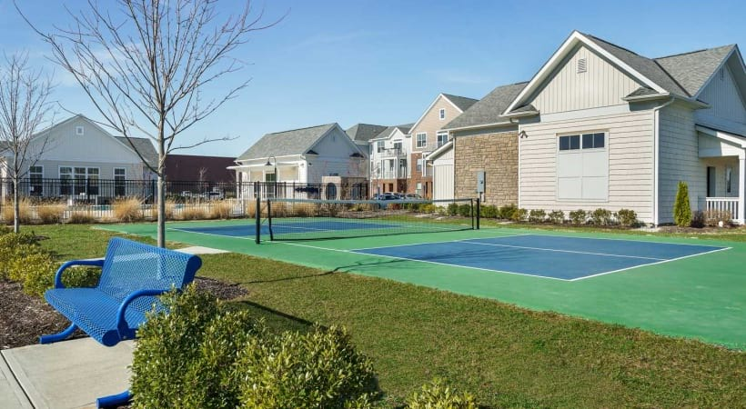Pickleball Court at Powell Grand Apartments