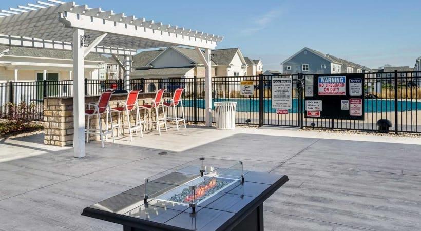 Sun Deck Powell Grand Apartments