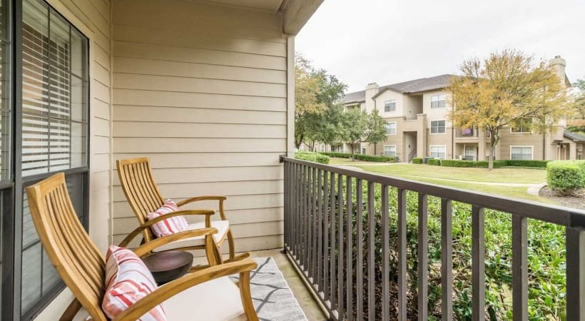 Irving apartments for rent with patios and balconies