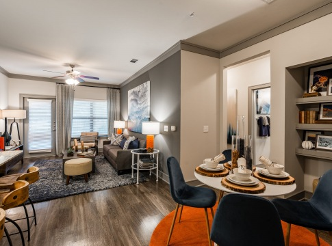 Spacious apartment floor plan at Cortland Cinco Ranch