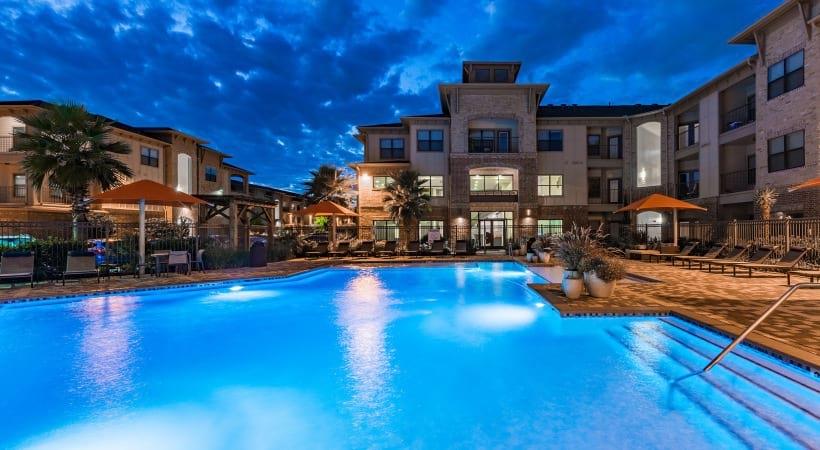Resort style saltwater pool at Cortland Cinco Ranch