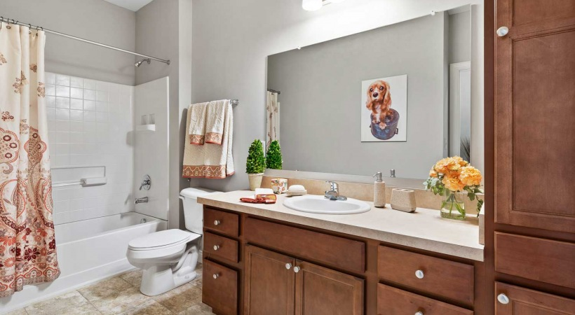 Bathroom with Tub at Powell Grand Apartments