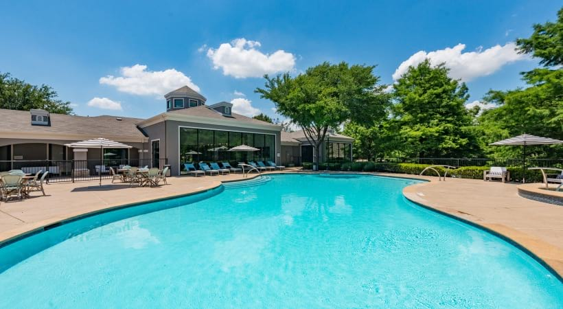 Cortland apartments with swimming pool