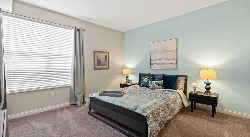 Spacious Bedrooms at Northlake Summit Apartments