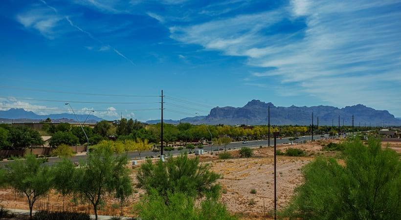 Apartments in Mesa, AZ with scenic mountain views