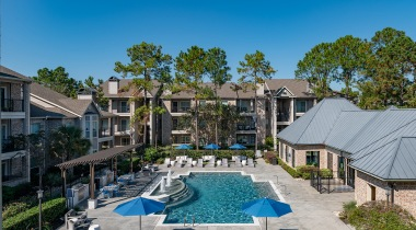Kingwood apartments with a Pool