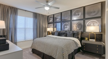 Spacious one bedroom apartments in Willowbrook